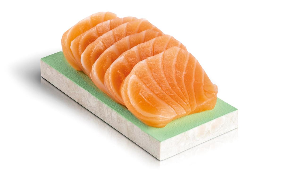 sashimis demi saumon